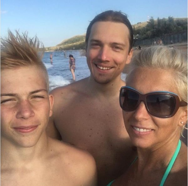 Алена Свиридова вынуждена мириться с тяжелым характером сына