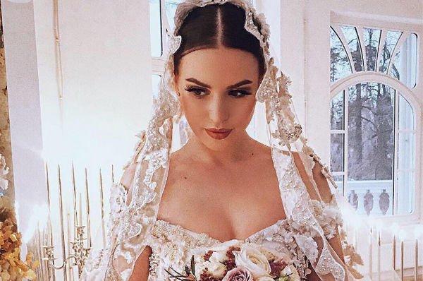 Дарья Пынзарь заинтриговала сообщением о беременности Саши Артемовой
