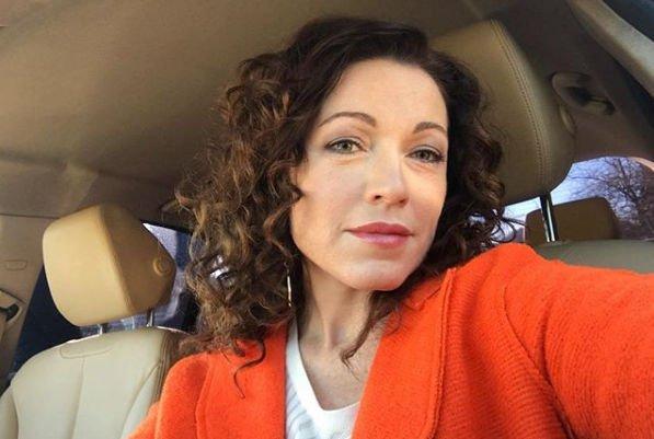Алена Хмельницкая вынуждена мириться со встречами с Тиграном Кеосаяном из-за детей