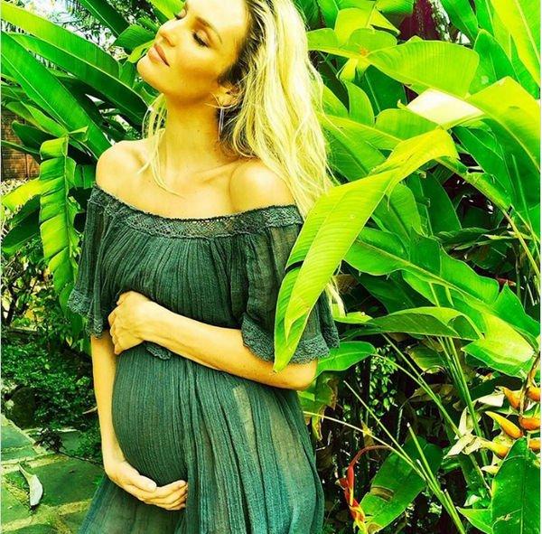 Беременная Кэндис Свейнпол решилась на обнаженную фотосессию