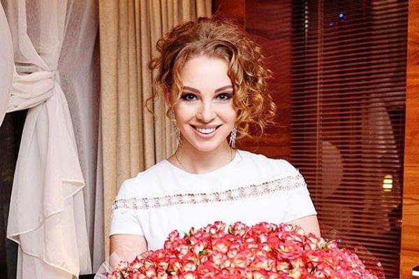 Полина Диброва отреагировала на новость о своей беременности