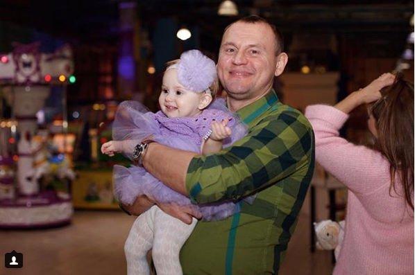 Степан Меньщиков и его экс-супруга воссоединились ради детей