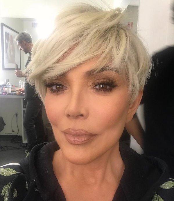 Крис Дженнер решилась на кардинальное преображение, став блондинкой