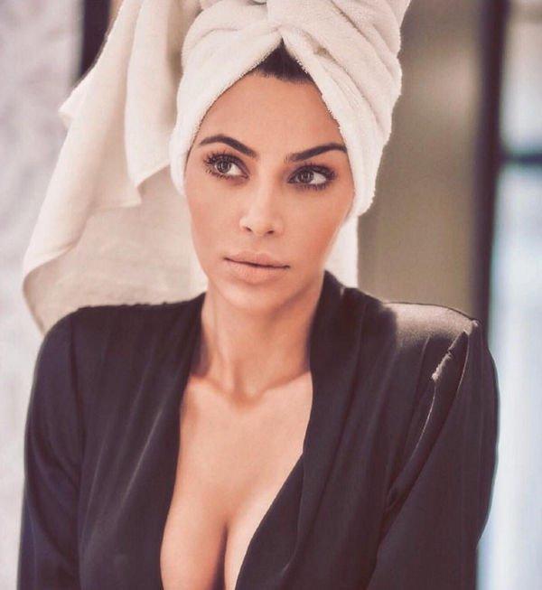 Ким Кардашьян обнажилась на новой фотографии