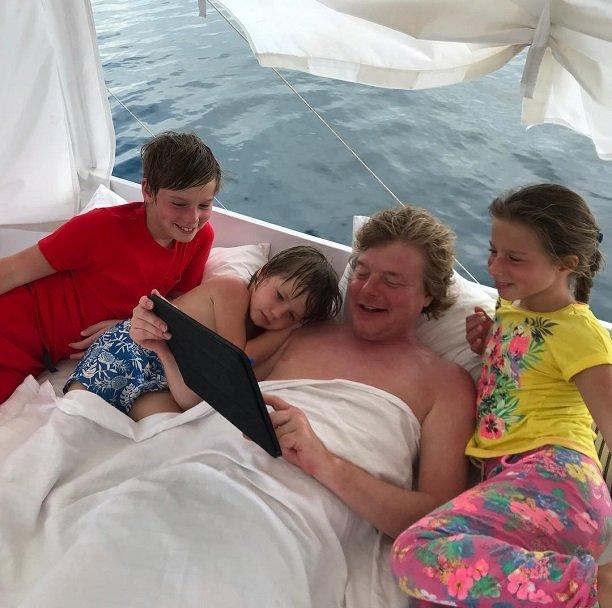Юлия Барановская нашла на отдыхе для детей няню мужского пола
