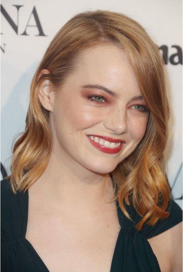 Эмма Стоун перестаралась с макияжем для выхода в свет