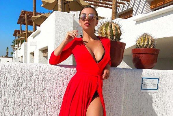 Анна Седокова не может справиться с лишними килограммами