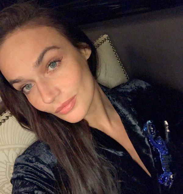 Алена Водонаева ответила завистникам, показав себя без грамма косметики