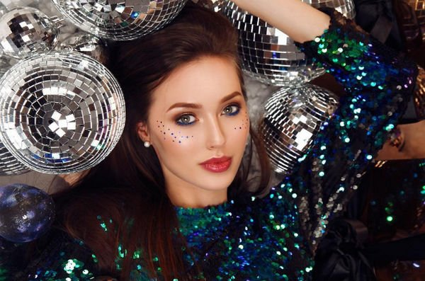 Анастасия Костенко опубликовала фото в свадебном платье