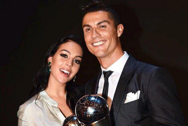 Криштиану Роналду и Джорджина Родригес отдыхают вместе вопреки слухам об измене футболиста