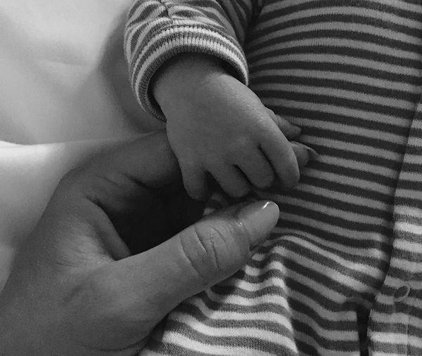 Рози Хантингтон-Уайтли впервые поделилась фотографией семимесячного сына
