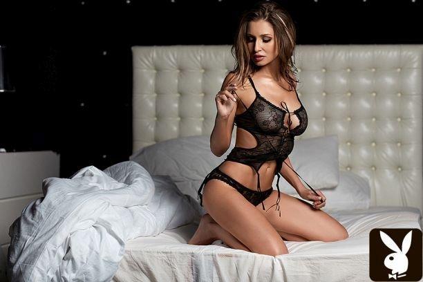 Модель Натали Соболева представила сексуальную фотосессию для Playboy