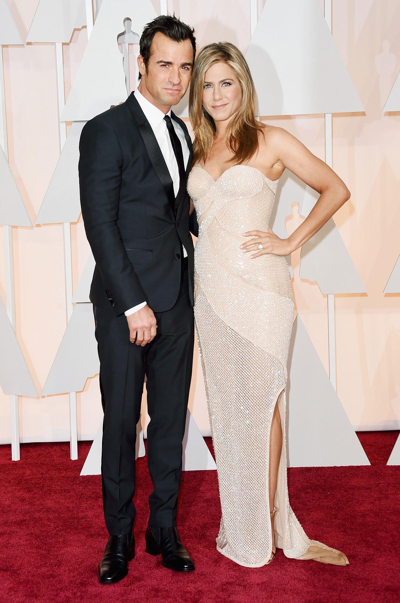 Дженнифер Энистон и Джастин Теру согласовали детали развода в День всех влюбленных