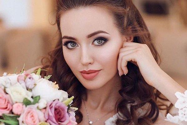 Анастасия Костенко Биография