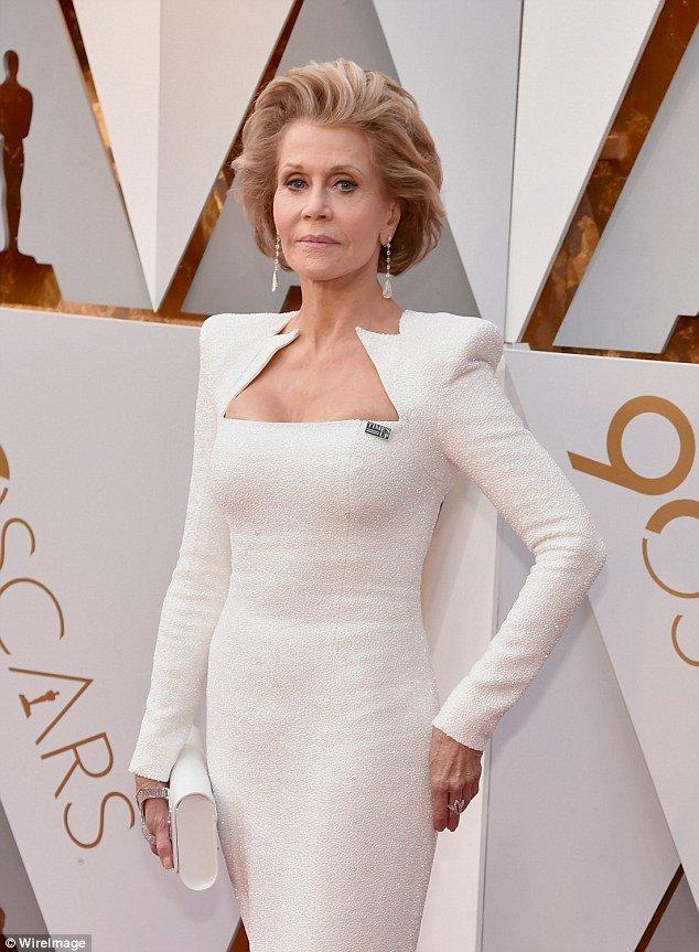 80-летняя Джейн Фонда на красной дорожке «Оскар-2018»