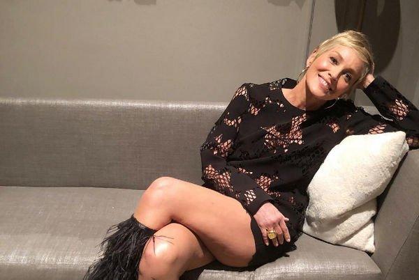 Провокационное фото Шэрон Стоун привело в восторг ее фанатов