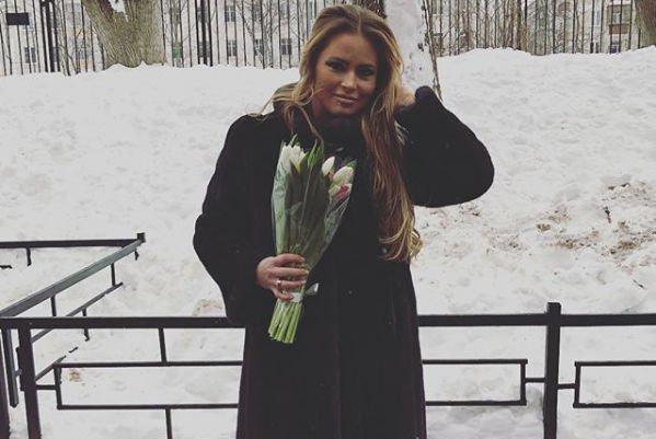 Дана Борисова призналась, что боится не справиться с алкогольной зависимостью