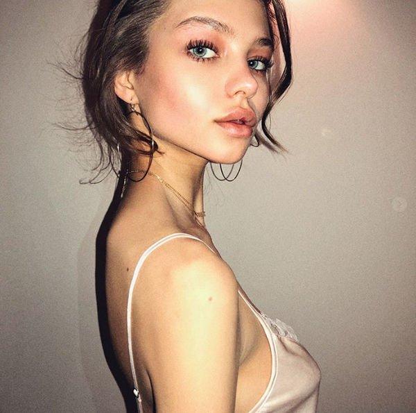 Алеся Кафельникова четыре раза пыталась наложить на себя руки