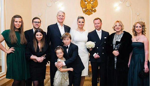 Мария Максакова обратилась к погибшему супругу, доказав ему верность