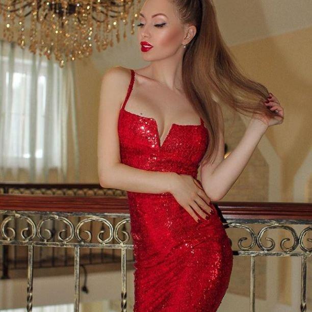 Евгения Феофилактова снялась абсолютно голой в сексуальной фотосессии