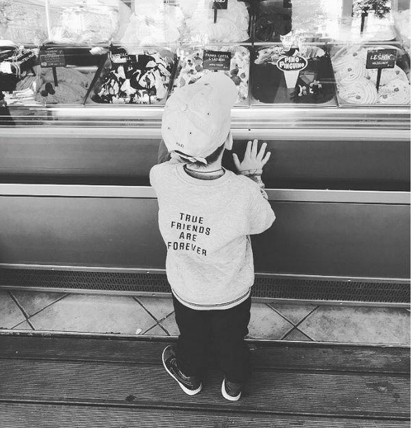 Юлия Снигирь впервые опубликовала снимок сына