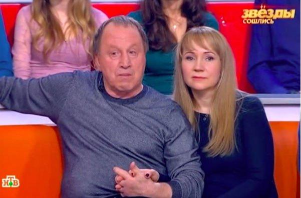 70-летний Владимир Стеклов впервые показал новорожденную дочку