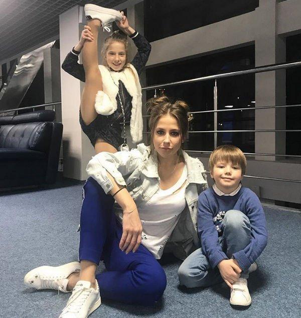 Юлия Барановская ответила на слухи о своем интересном положении