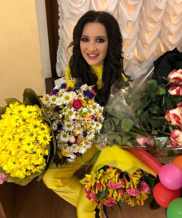 Ольга Бузова сообщила об открытии ресторана фаст-фуда