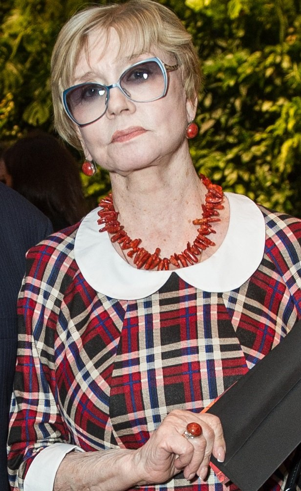 76-летняя Вера Алентова стала совершенно неузнаваема