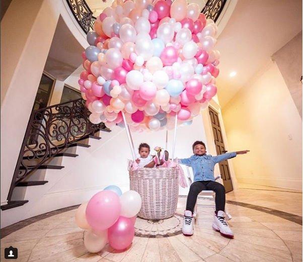 Сиара и Рассел Уилсон организовали роскошный праздник на первое день рождения дочери