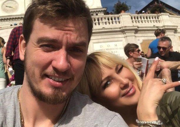 Лера Кудрявцева беременна либо нет? Новые кадры телеведущей говорят обэтом