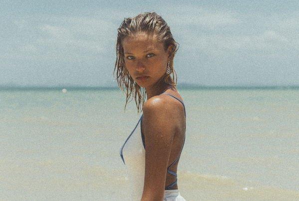 Алеся Кафельникова удивила новым цветом волос