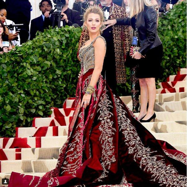 Блейк Лайвли восхитила выбором роскошного наряда для мероприятия