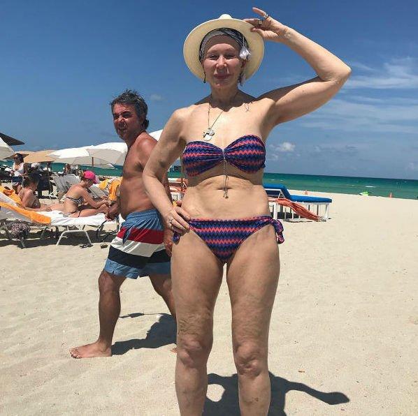 71-летняя Татьяна Васильева поделилась снимком в купальнике