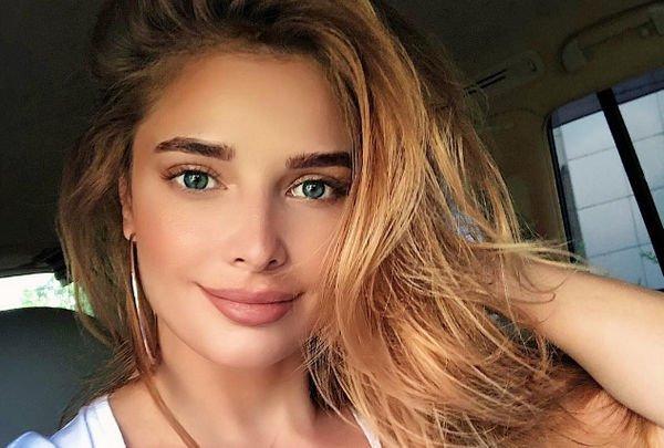 Татьяна Котова снялась без трусов