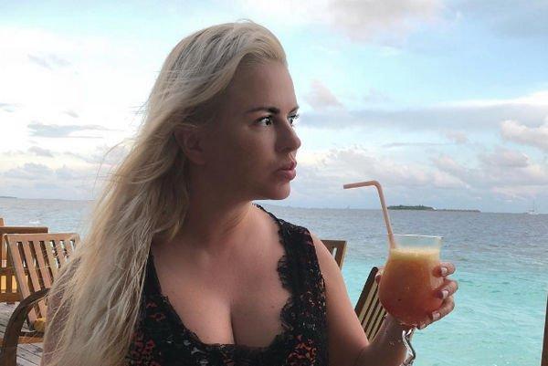 Постройневшая Анна Семенович удивила фанатов своей фигурой