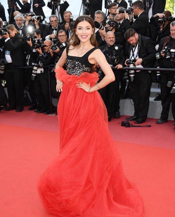 Регина Тодоренко полгода искала подходящее платье для Каннского кинофестиваля