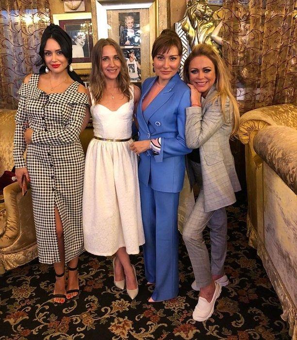 Алексей Чумаков и Юлия Ковальчук тайно крестили дочь Амелию
