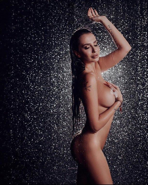 Обнаженная Анна Грачевская появилась на страницах мужского журнала