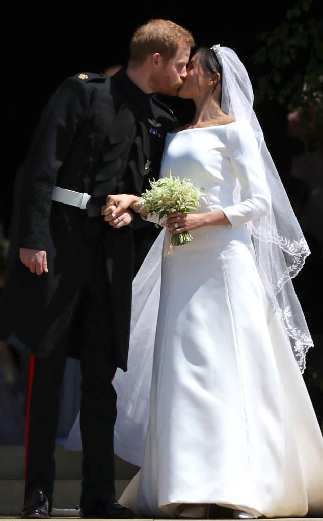 Меган Маркл и принц Гарри получили роскошный подарок от королевы Елизаветы II