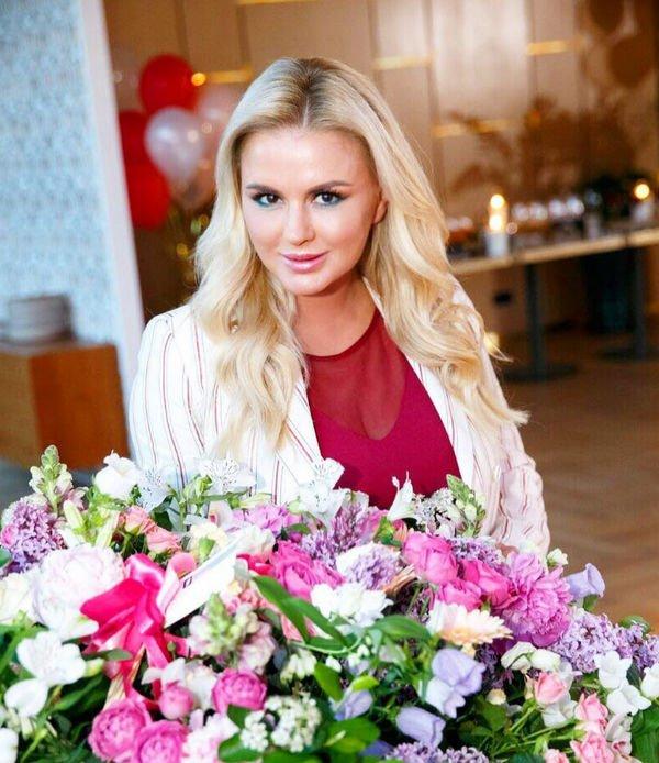Анне Семенович потребовалась операция на груди