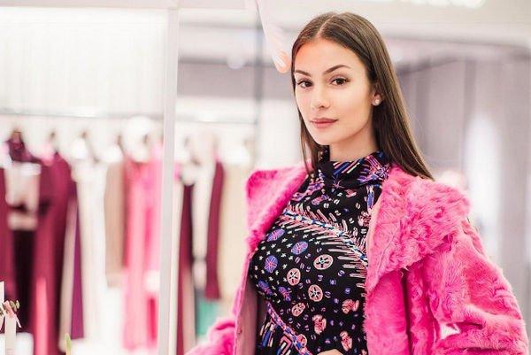 Настасья Шубская активно делится беременными фотографиями