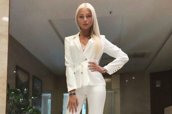 Алена Шишкова призналась, что в России строить карьеру модели довольно сложно