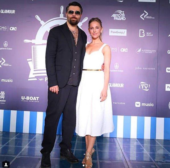 Совместное появление Алексея Чумакова и Юлии Ковальчук на светском мероприятии привело в восторг фанатов