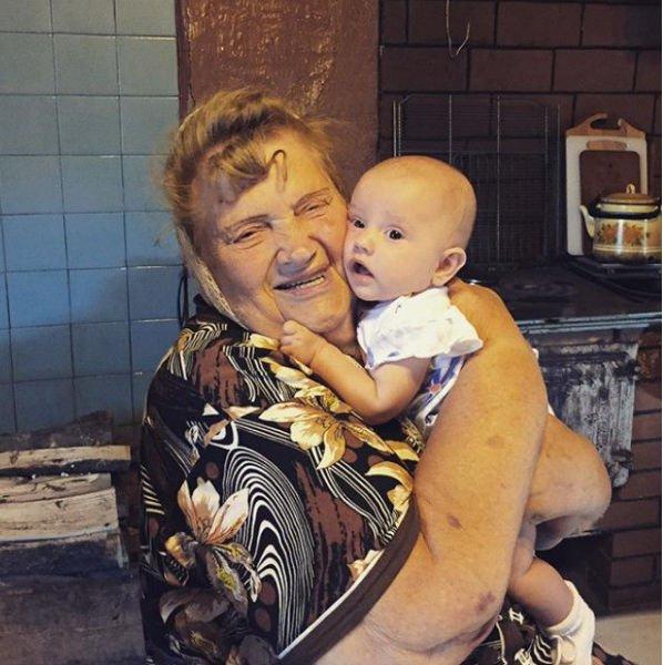 Агата Муцениеце с любовью вспомнила о скончавшейся бабушке