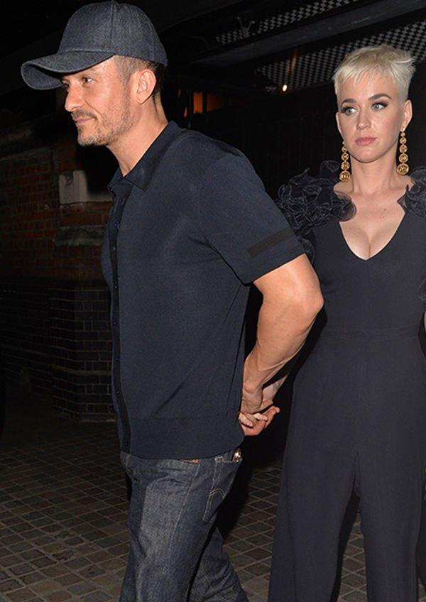 Кэти Перри специально отправилась в Лондон, чтобы посетить премьеру спектакля с участием Орландо Блума