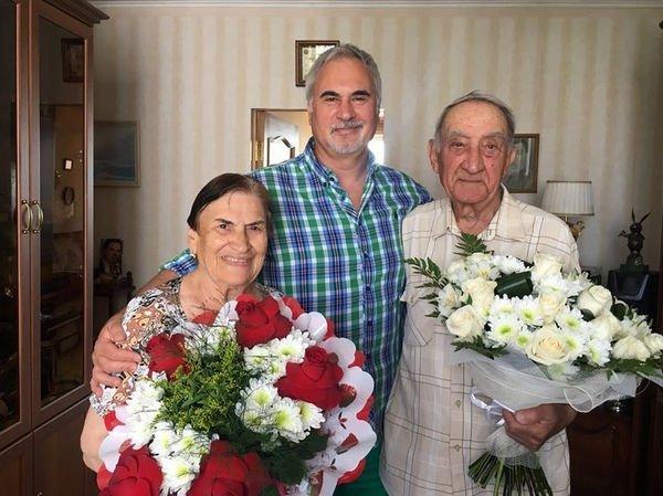 Валерий Меладзе впервые опубликовал фотографию своих родителей