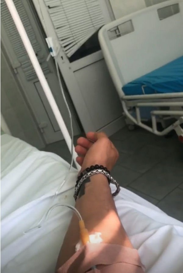 Павел Прилучный опубликовал фото из больницы, напугав фанатов