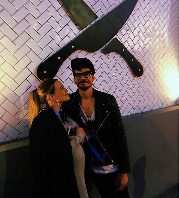 Беременная Хилари Дафф наслаждается отдыхом с возлюбленным