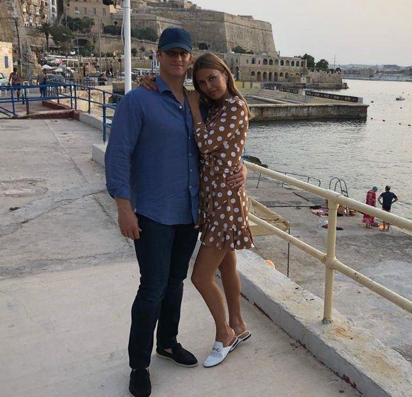 Виктория Боня поделилась очередной фотографией с избранником